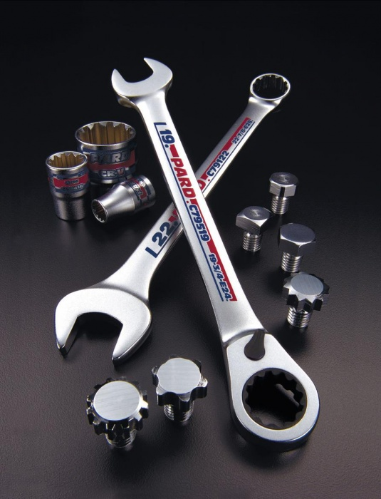 PARD socket & wrench